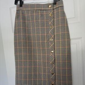ZARA size medium plaid pencil skirt w gold buttons